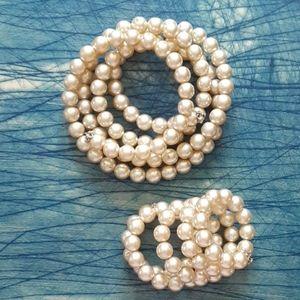 Vintage pearl necklace set